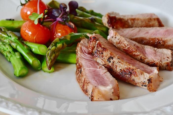Zdravá zelenina a mäso