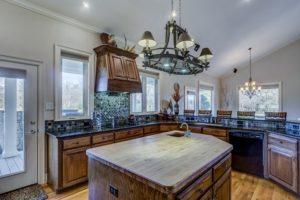 Kuchyna s ostrovcekom poskytuje komfort